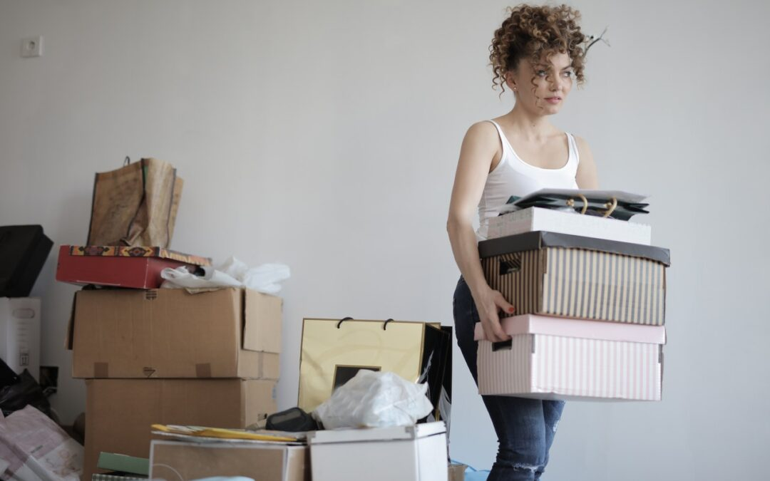 20 Fantastic Questions to ask yourself when decluttering!